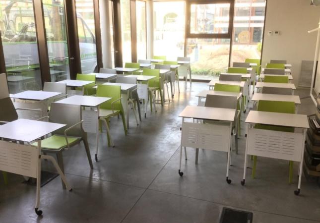Training room with Pitagora desks