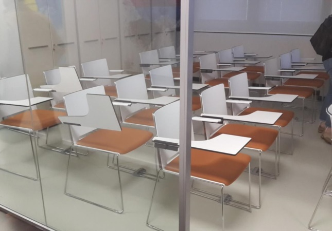 Training room with Multi chairs with writing tablets
